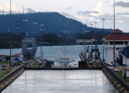 gates opening for Freja Breeze to leave 2nd chamber of Miraflores lock