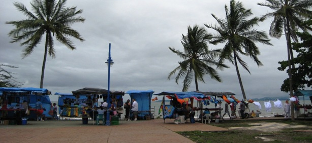 vendors along the beach walkway